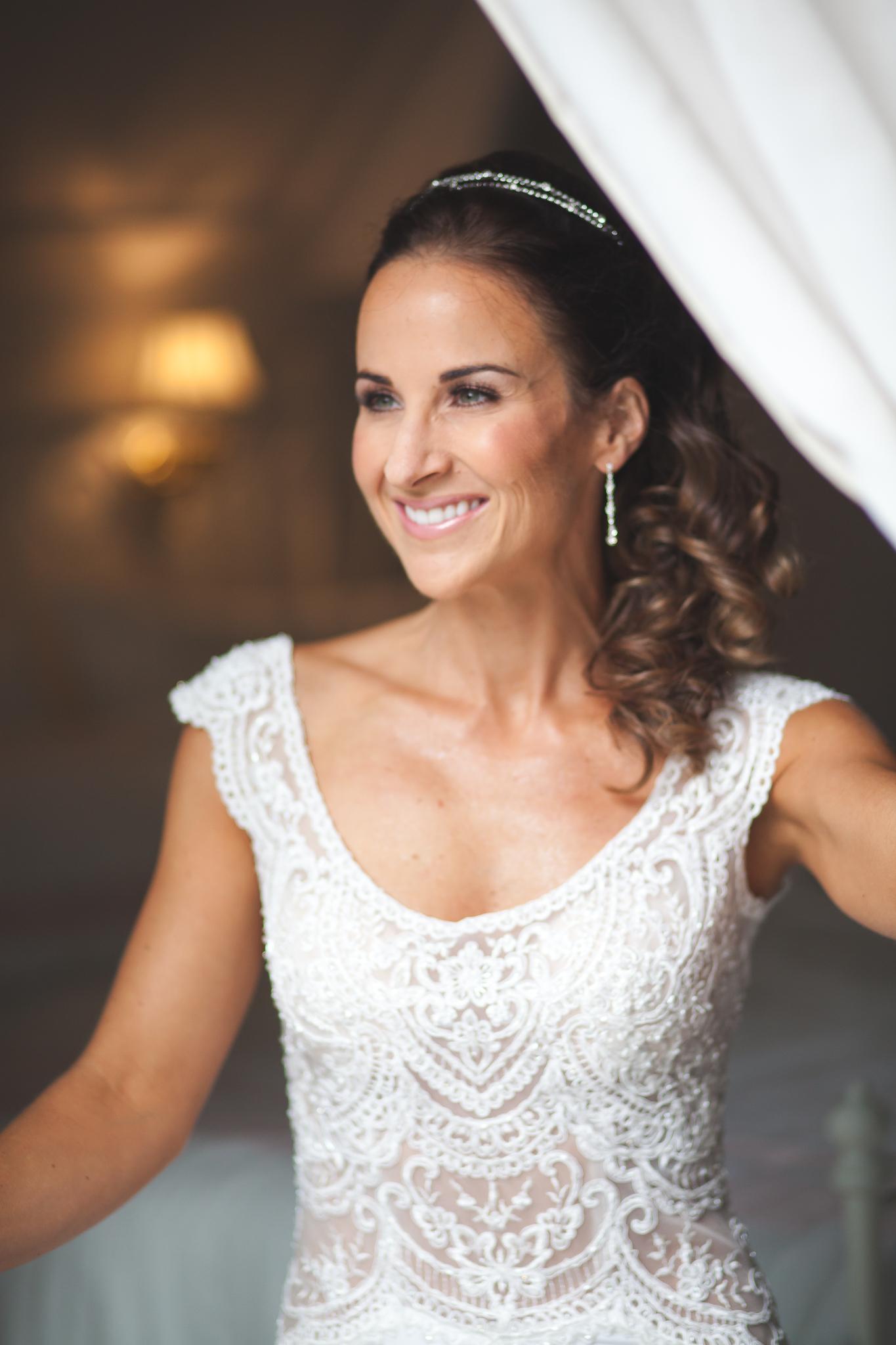 Amy D Photography- Barrie Wedding Photography- Bride Getting Ready- Muskoka Wedding Photography- Best Wedding Photographers (91 of 130).jpg
