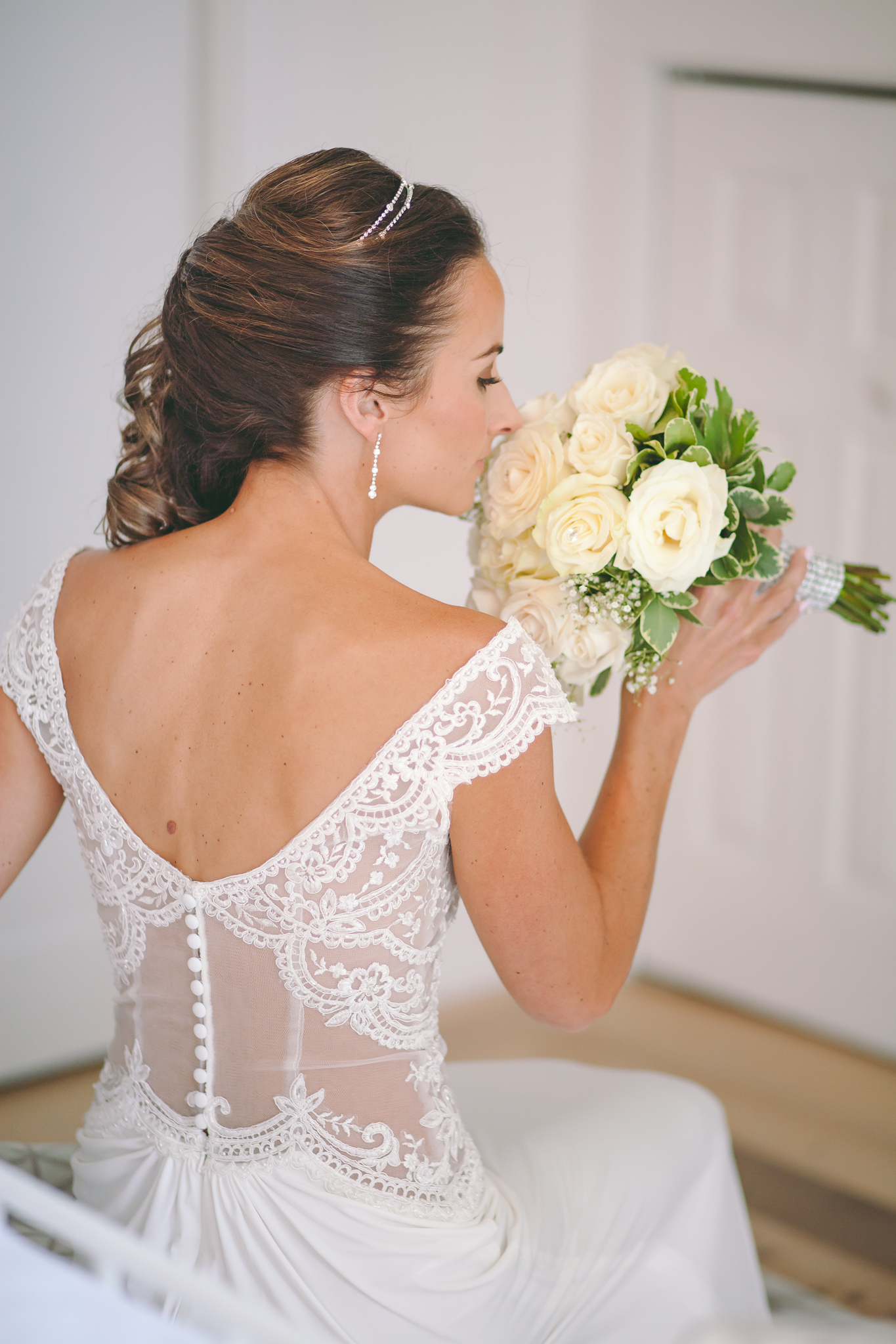 Amy D Photography- Barrie Wedding Photography- Bride Getting Ready- Muskoka Wedding Photography- Best Wedding Photographers (80 of 130).jpg