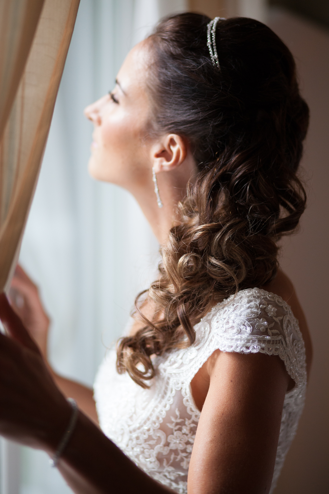 Amy D Photography- Barrie Wedding Photography- Bride Getting Ready- Muskoka Wedding Photography- Best Wedding Photographers (6 of 130).jpg