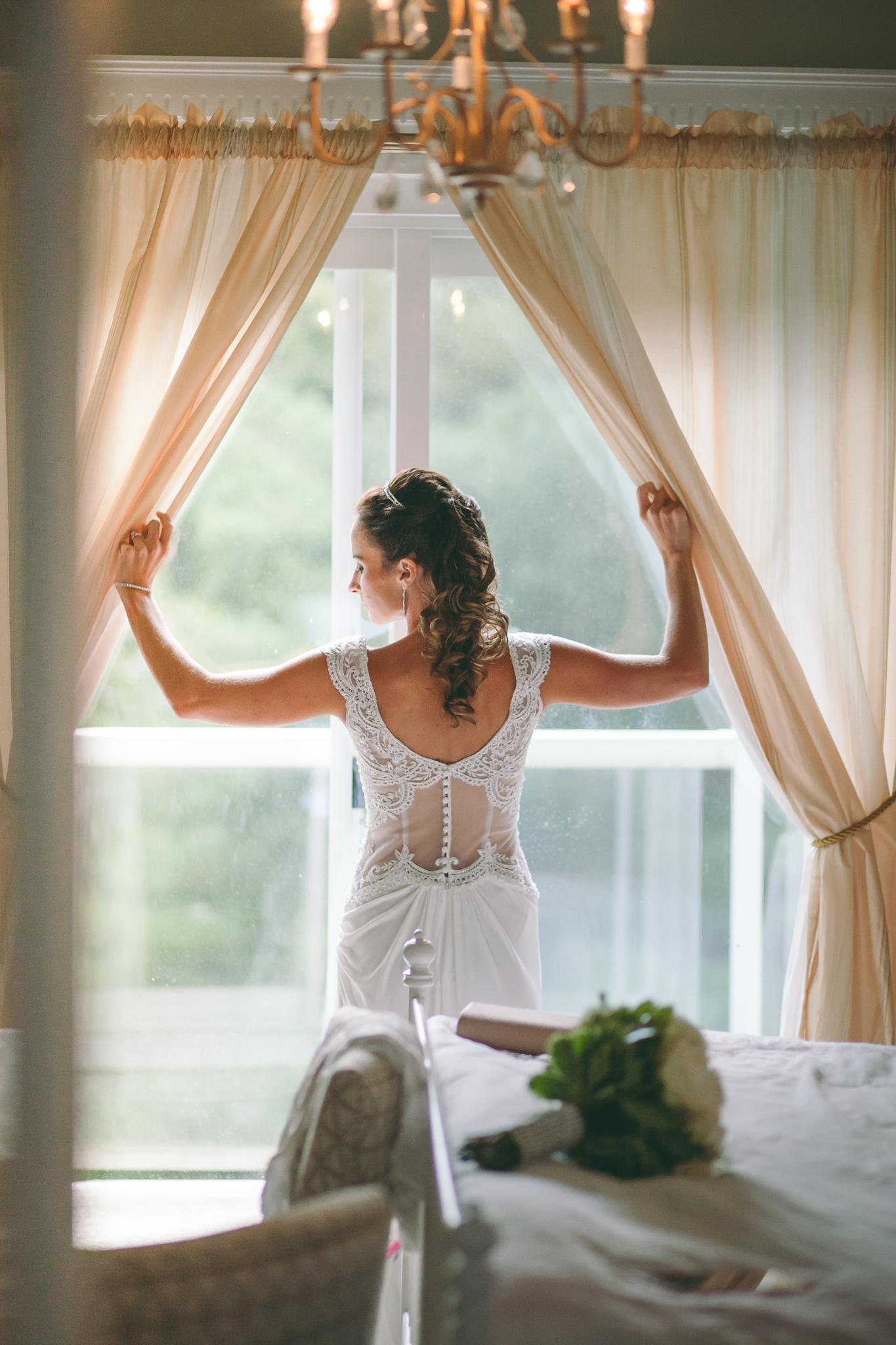 Amy D Photography- Barrie Wedding Photography- Bride Getting Ready- Muskoka Wedding Photography- Best Wedding Photographers (2 of 130).jpg