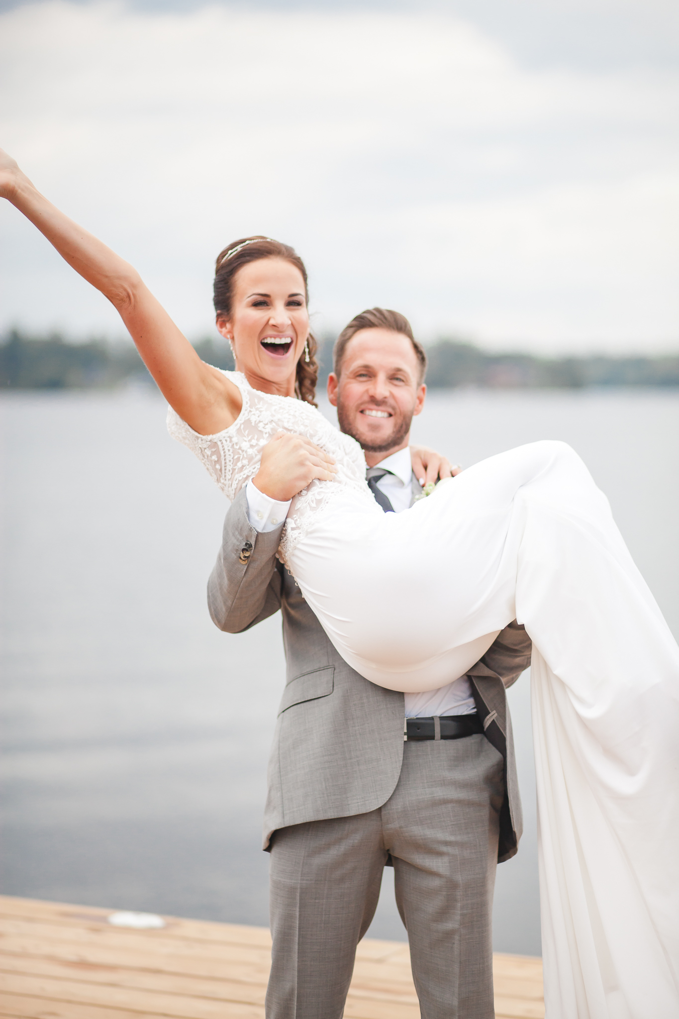 Amy D Photography- Barrie wedding photography- Wedding Photographer- Best Wedding Photographer- Muskoka Wedding- Muskoka Wedding Photographer- Bride and groom poses- Bride Pose- groom pose- Wedding Pose (54 of 99).jpg