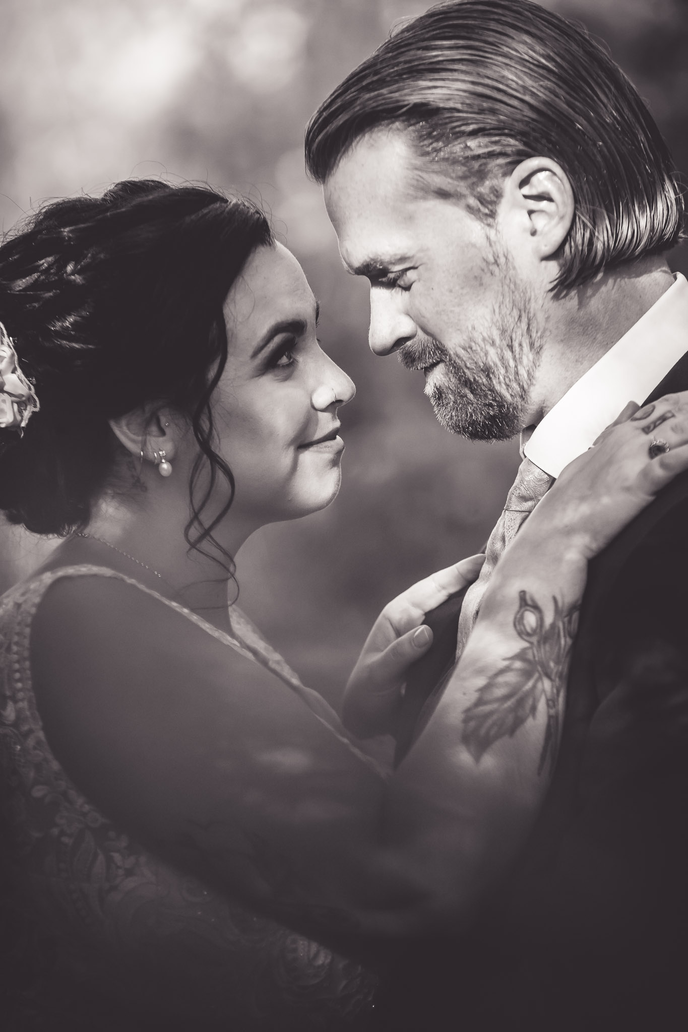 Amy D Photography- Bride and Groom-Barrie Wedding Photography Muskoka Wedding Photography Bride and Groom Poses Bride and Groom Train Tracks Snow Valley Wedding-121.jpg