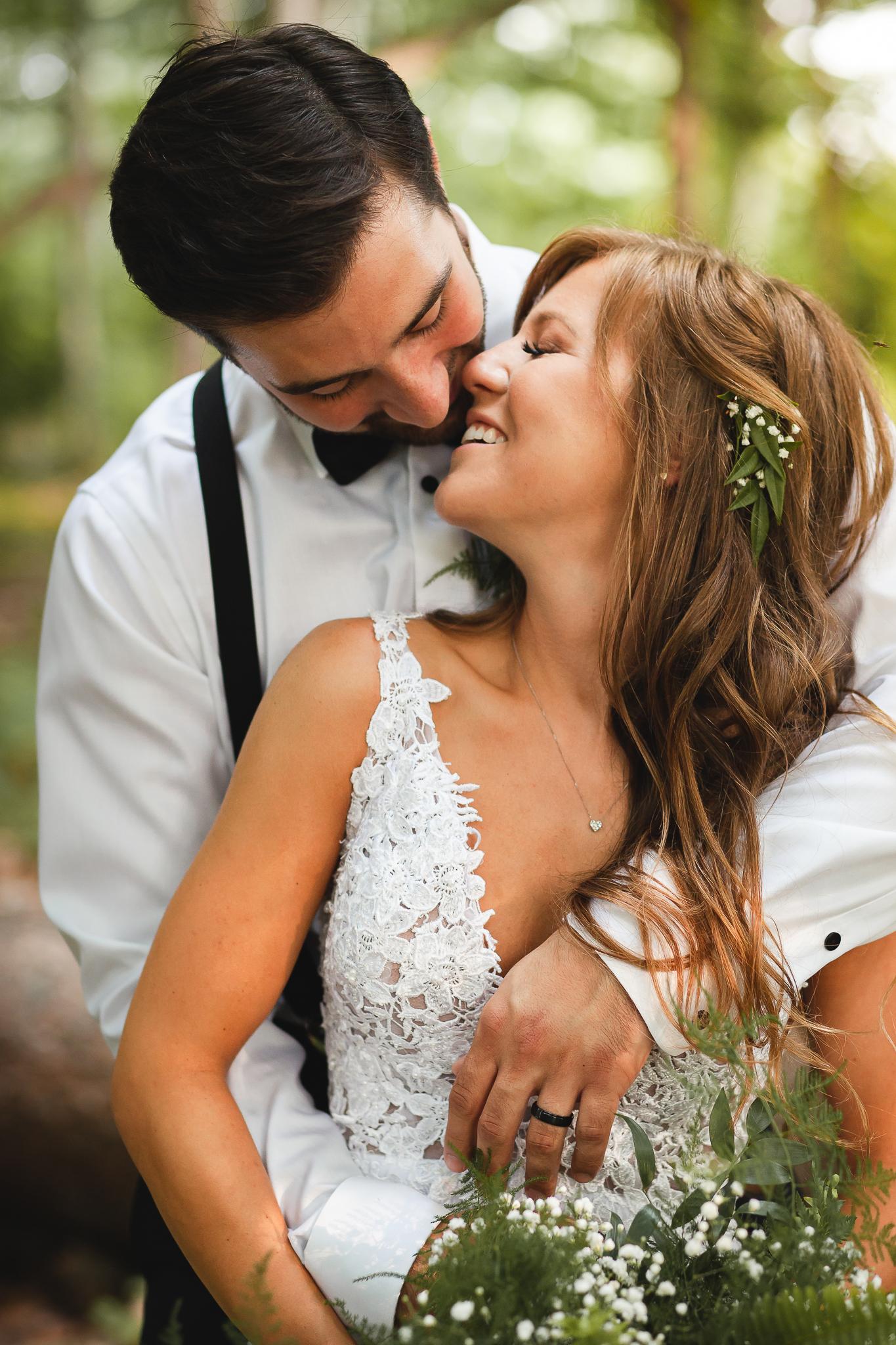Amy+D+Photography-+Bride+and+Groom-+Wedding+Poses-+Muskoka+Wedding-+Barrie+Wedding+Photographer-+Best+Wedding+Photographer-+Muskoka+Wedding+Photography-+Bride+Pose-+Groom+Pose-33.jpg