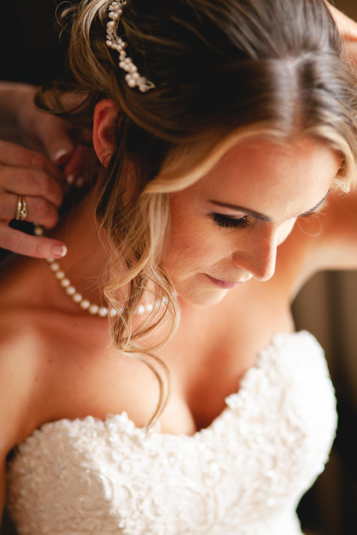 Amy D Photography- Barrie Wedding Photography- Wedding Getting Ready- Bride getting ready- Muskoka Wedding Photography-161.jpg