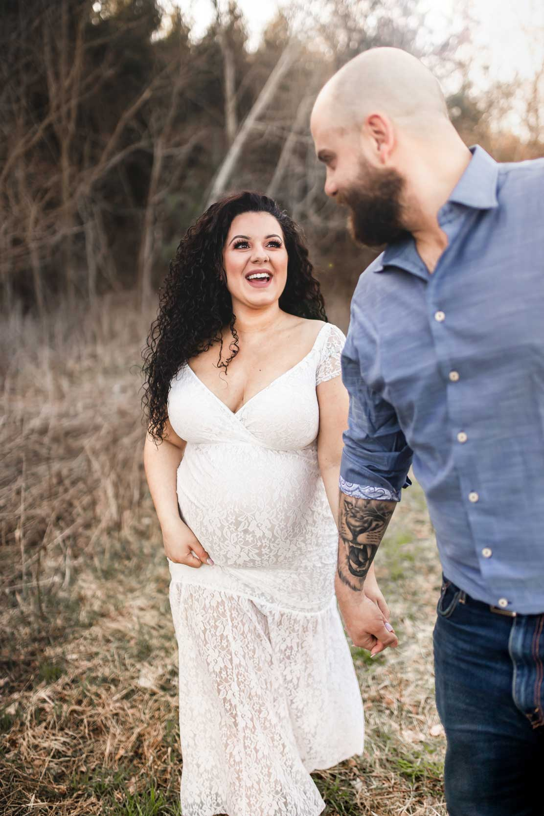 Amy-D-Photography--Maternity-Session--Outdoor-Maternity-Photo--Maternity-Poses--Maternity-Couple-Ideas--Spring-Maternity-Session--Maternity-Photography-98.jpg