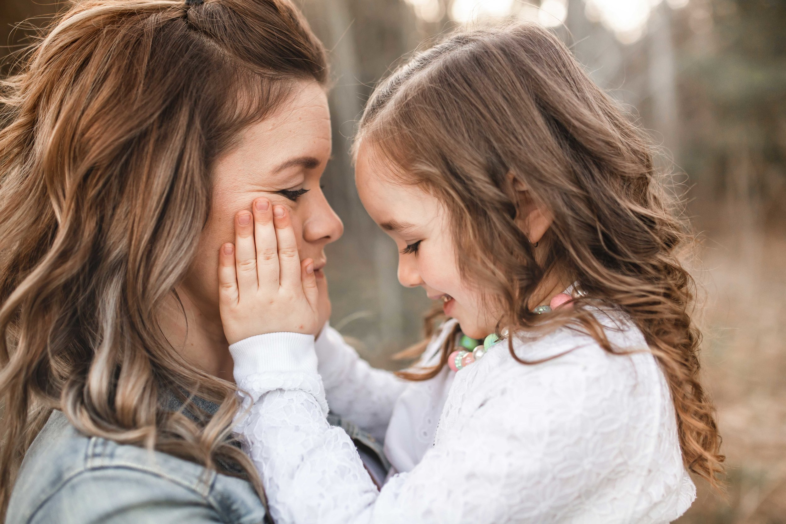Amy-D-Photography--Family-Photography--Mom-and-Daughter-Session--Mothers-Day-Session--Mom-Photos--Family-Photos--Mom-and-Children-Session--Golden-Hour-Session-65.jpg