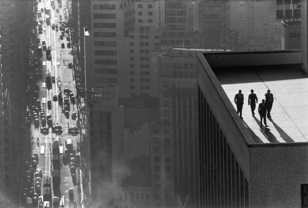 Men on a Rooftop  René Burri, taken in San Paulo, Bra1960