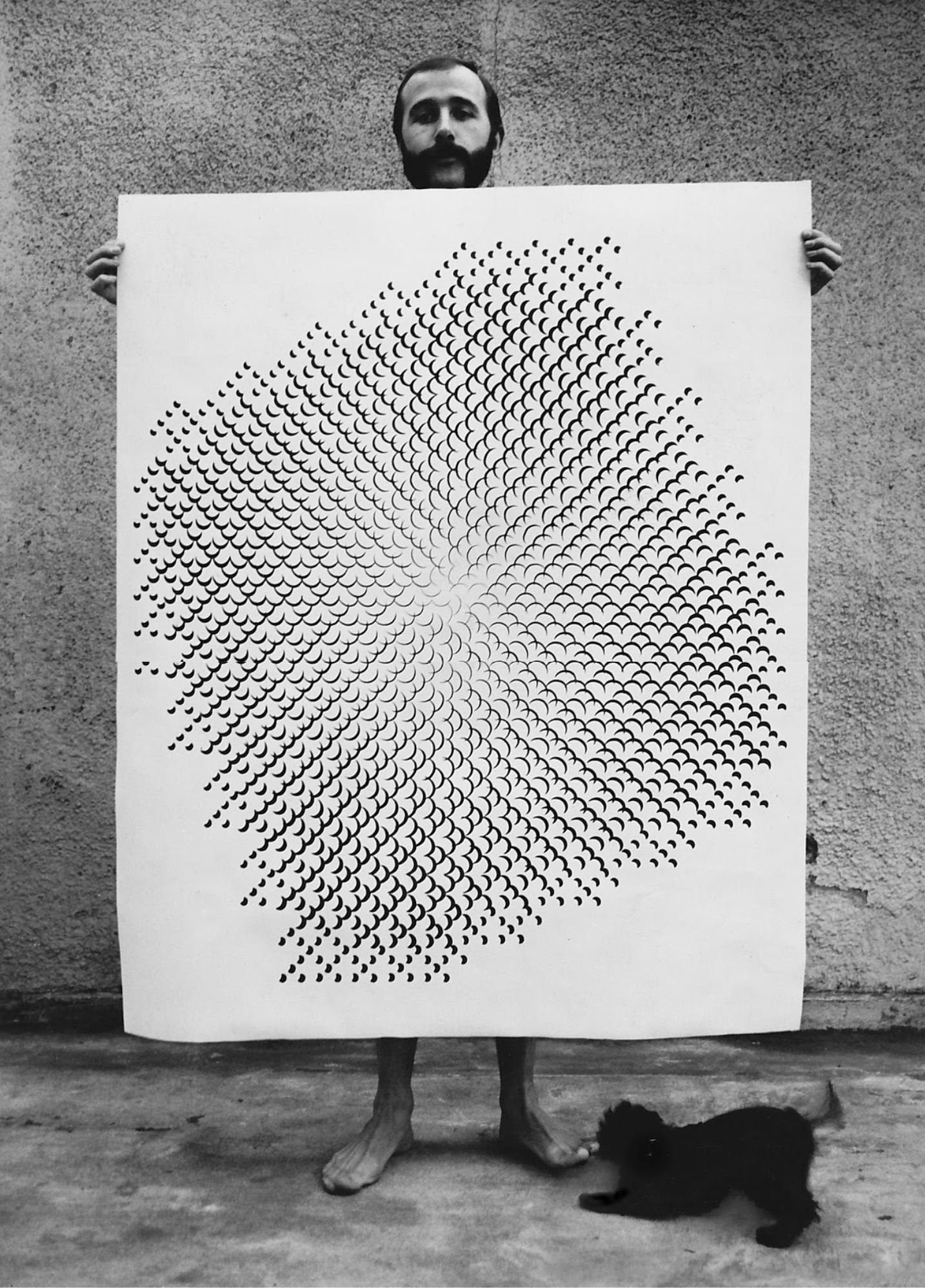 Gottfried Jäger presents his pinhole structure 3.8.14 F 2.6, 1967, b/w camera - photograph by Ursel Jäger