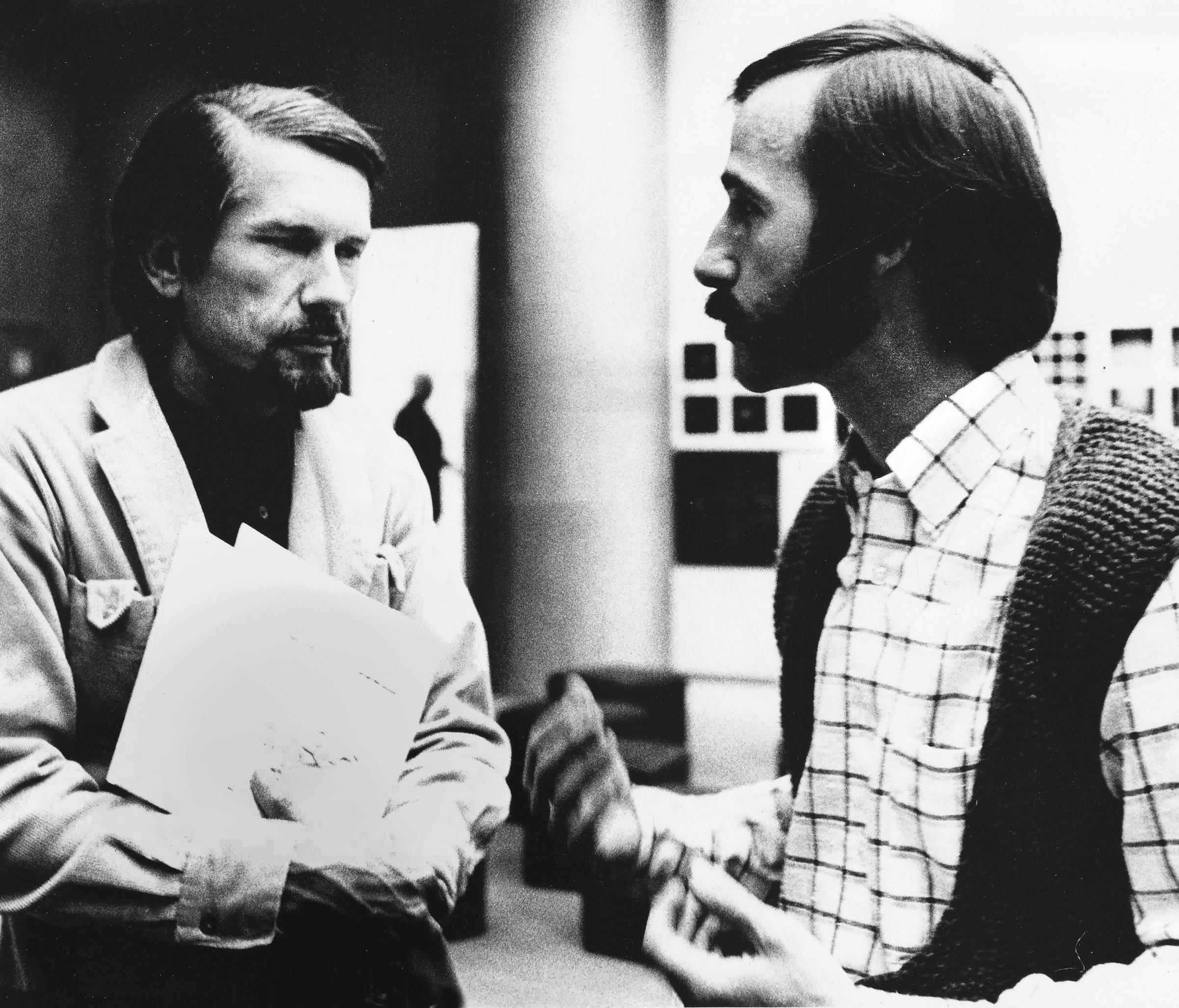 Herbert W. Franke (l.) and Gottfried Jäger (r.) at the exhibition  Wege zur Computerkunst , Kunsthalle Bielefeld, 1971; photograph by Ursel Jäger