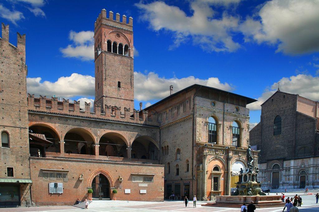 Bologna-e-le-sue-ricchezze-e1420448189394.jpg
