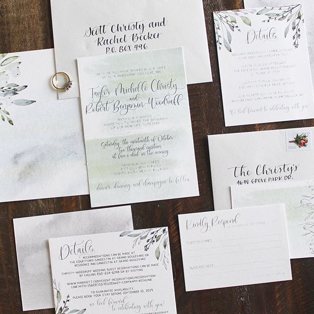 I'm in love with this custom suite *almost* as much as I'm in love with the couple. The vision they had for their big day turned out perfect. Each one of the cards were printed double sided on 111lb 100% cotton rag paper. The envelopes were also cotton rag, hand lettered with a pointed pen and sealed with love. @lcipaper did a fantastic job printing these for me and were a pleasure to work with! #itsalwaysbenyou #dreamweddingvibes