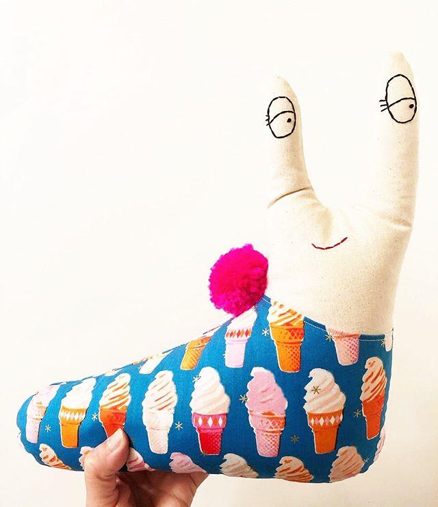 Another 'foodie' garden slug heading to @chowchow_avl! Don't miss out on all the fun this weekend!🎈🌈🦄 • • • • • #chowchowavlmakersmarket #showandtellpopupshop #honeymoonpie #gardenslugs #makersofinstagram #icecream #rubystarsociety #pompomlove #heirloomtoys #handmadewithlove❤ #chowchow_avl