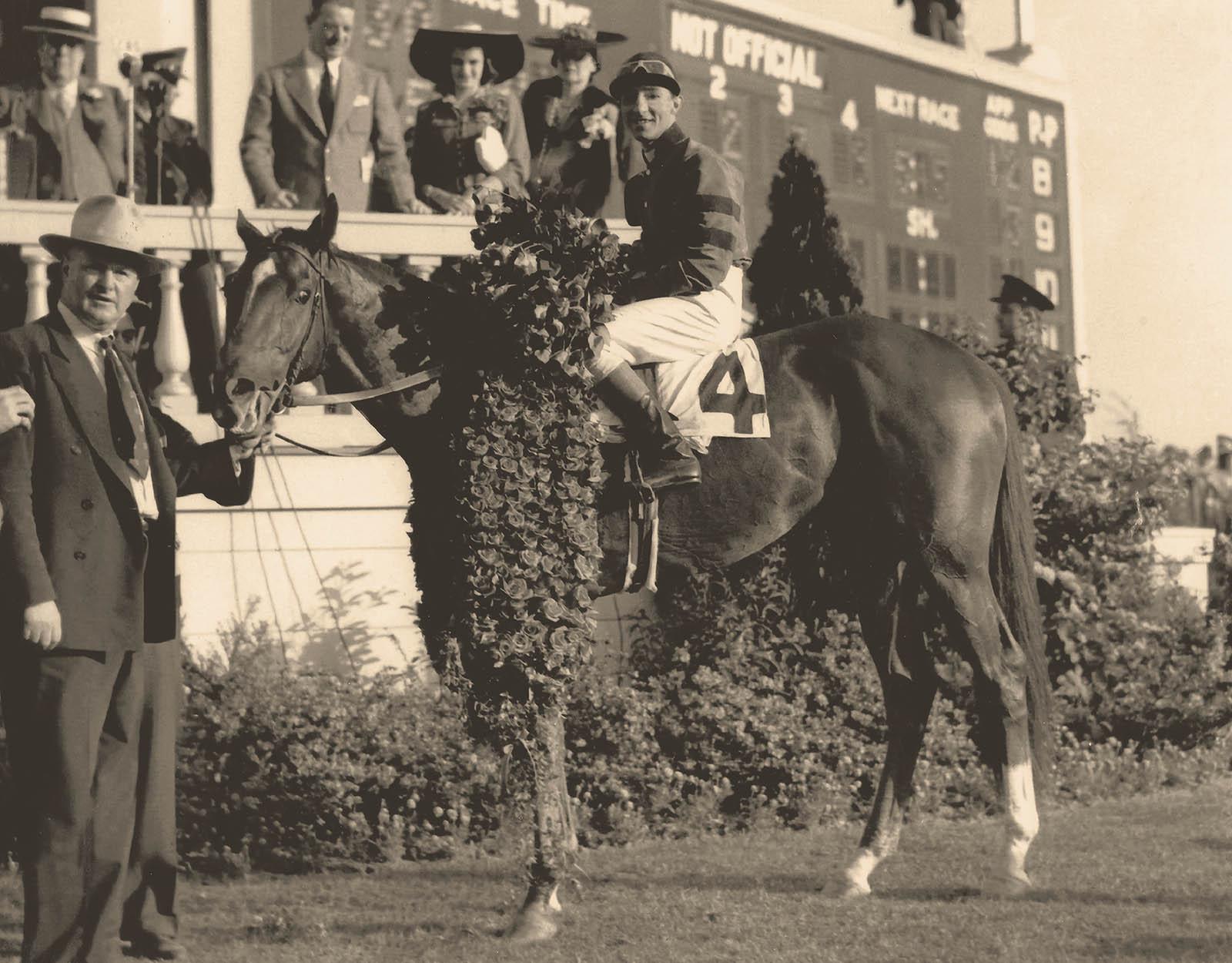 Whirlaway-1941 Winners Circle KYDerby - @Calumet Farm Bourbon Whiskey
