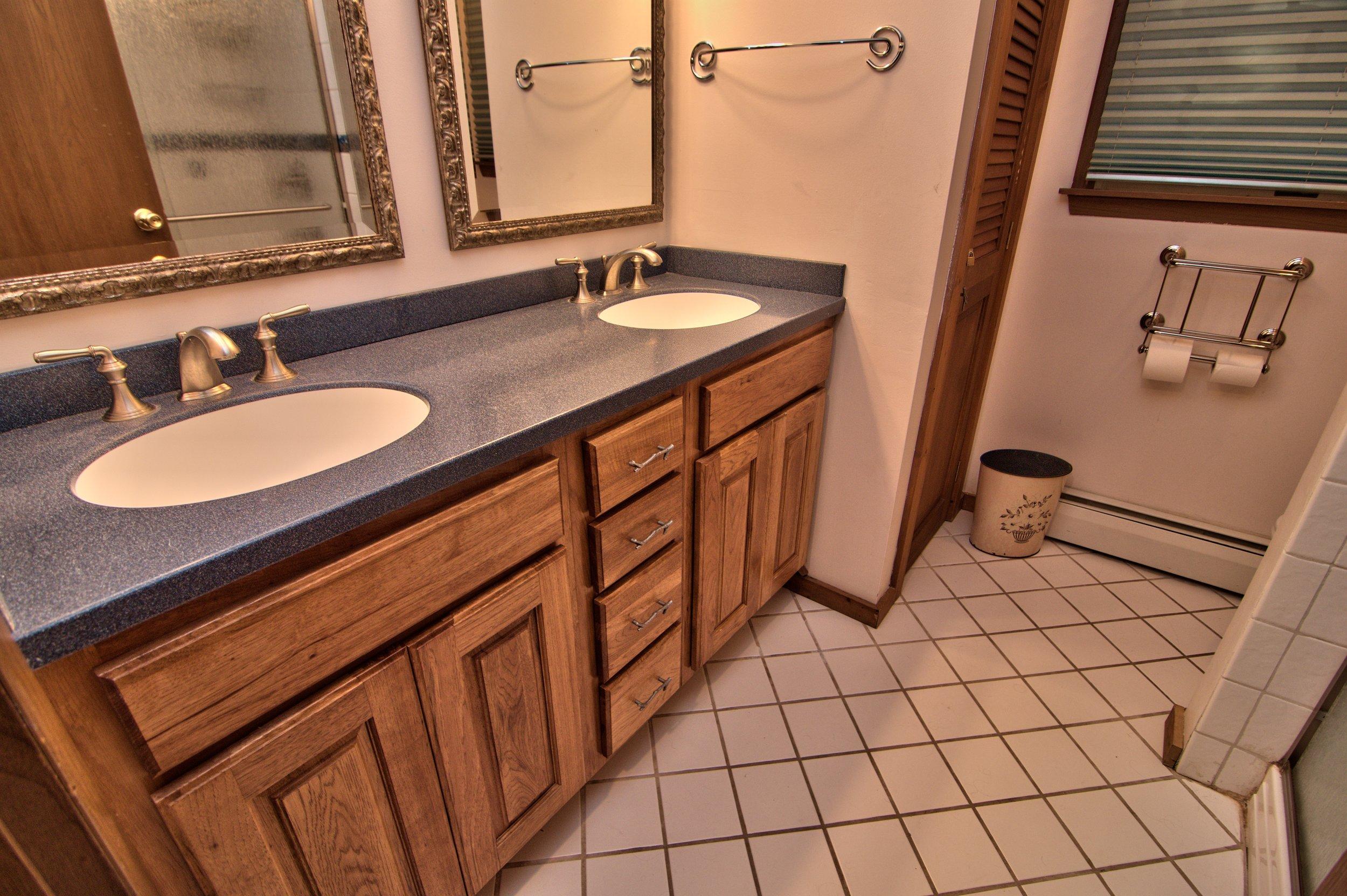 Hall Bath View 2.jpg