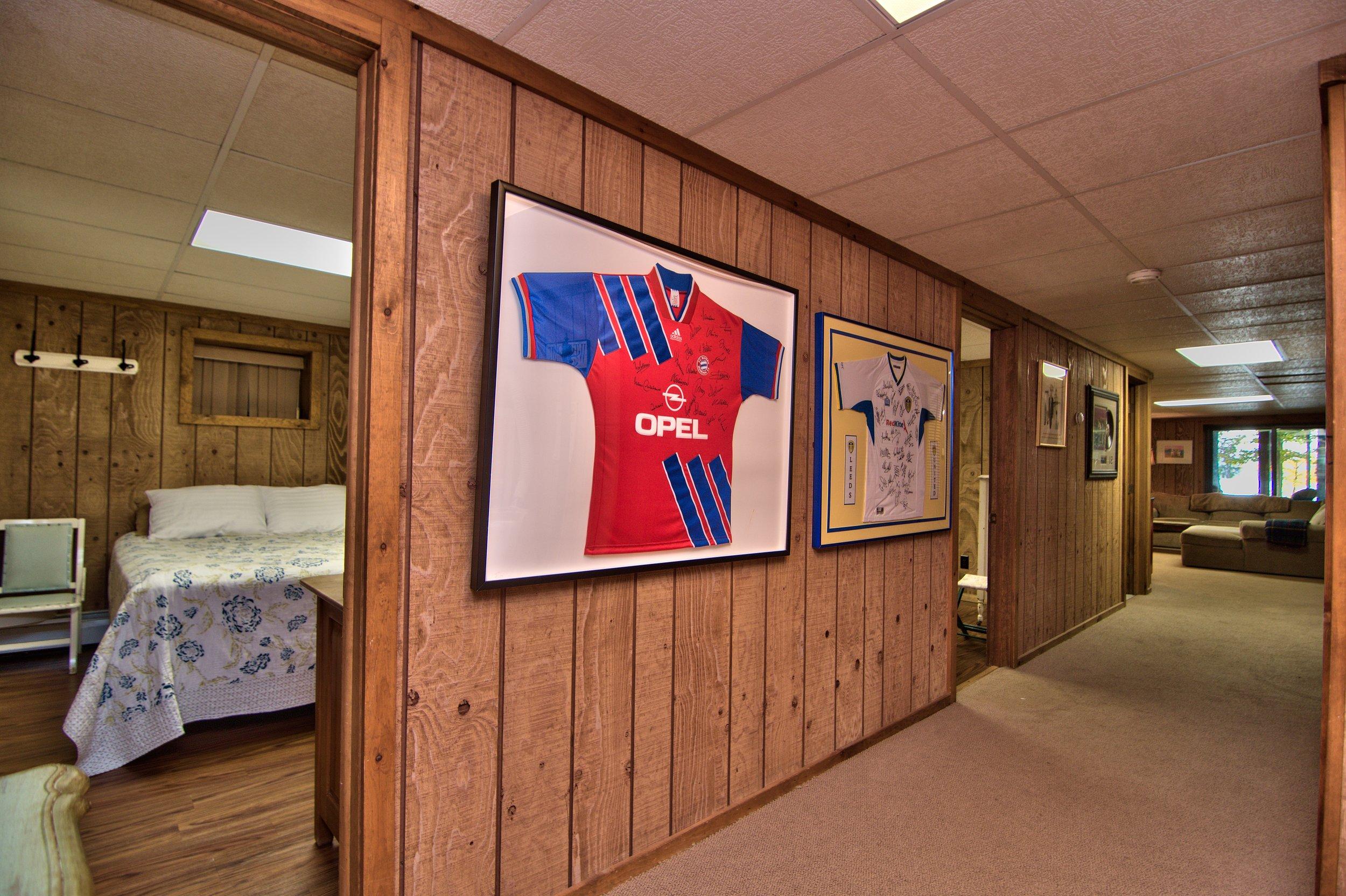 Lower Level Hall View 2.jpg