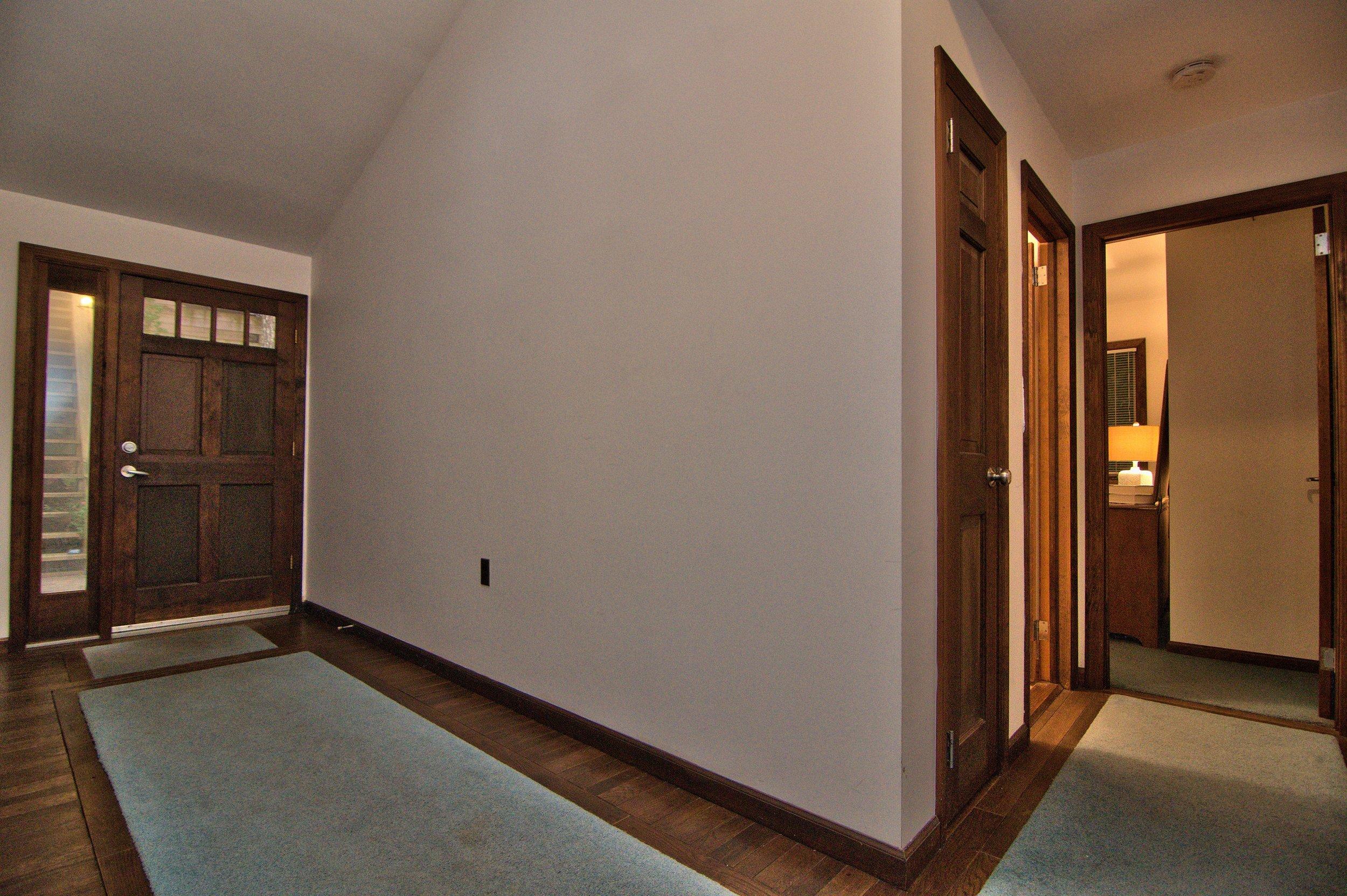 Foyer View 3.jpg