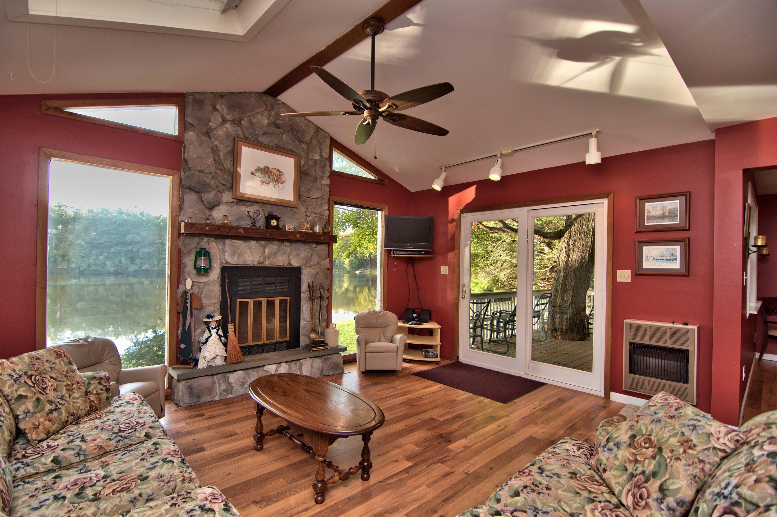 Living Room View 02.jpg