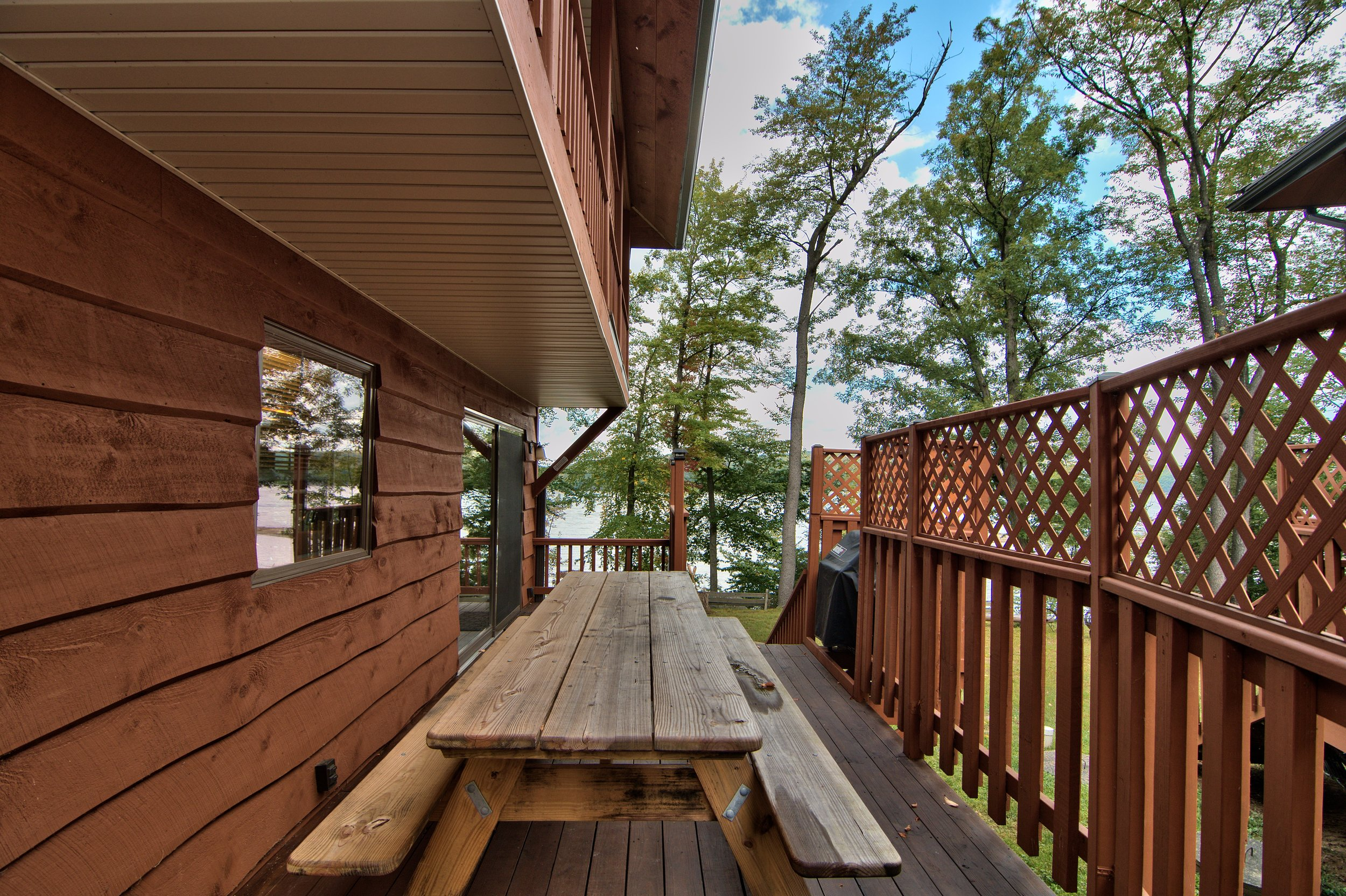 Exterior View 12.jpg