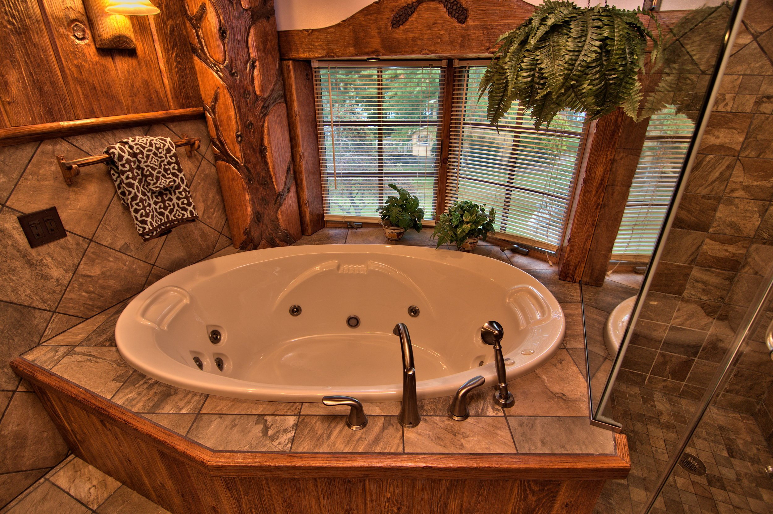 Master Bath View 4.jpg