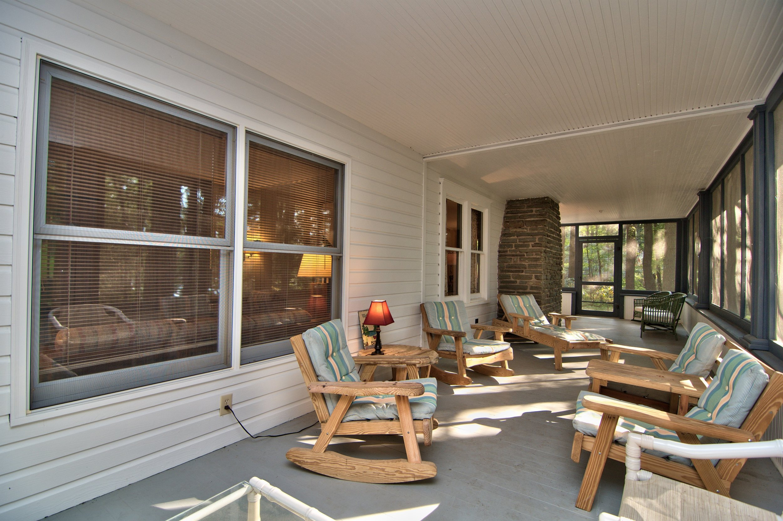 Front Screened Porch View 5.jpg