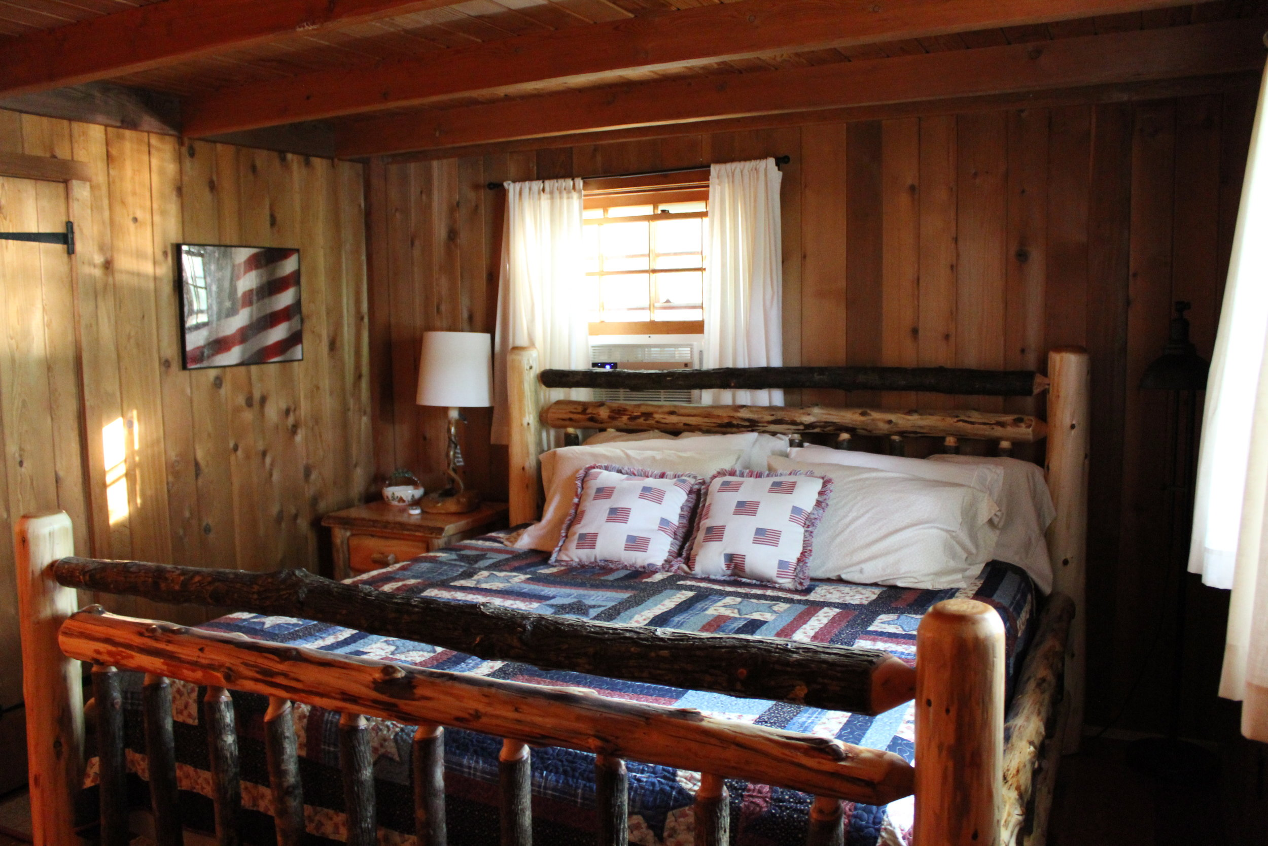10 King Bedroom.JPG
