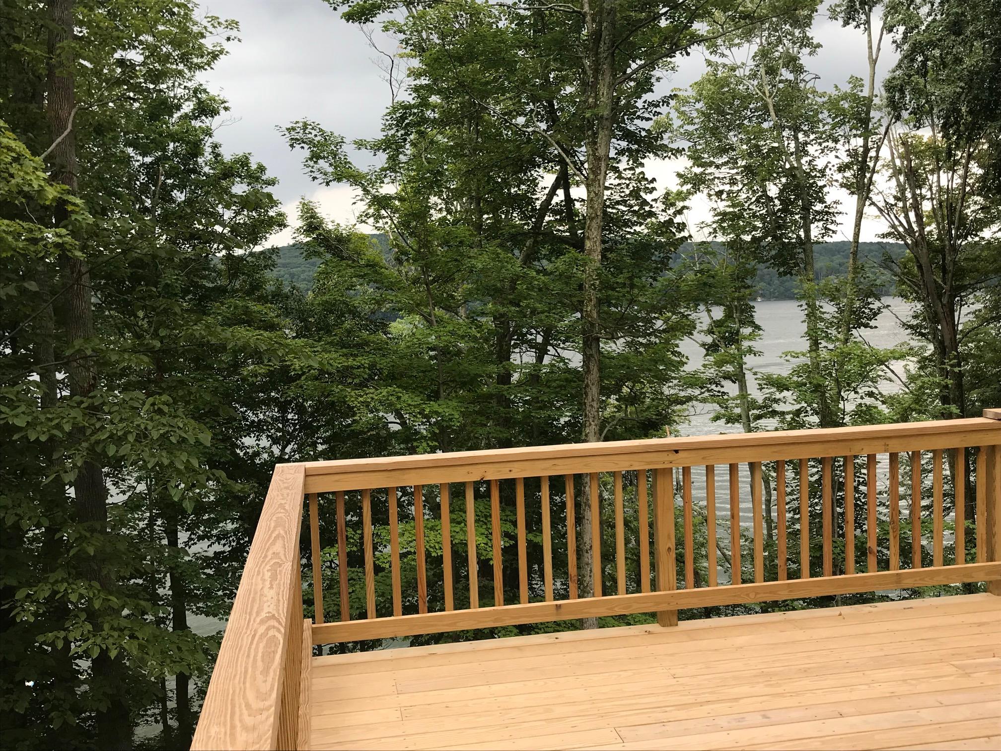 porch w: lakeview.jpg