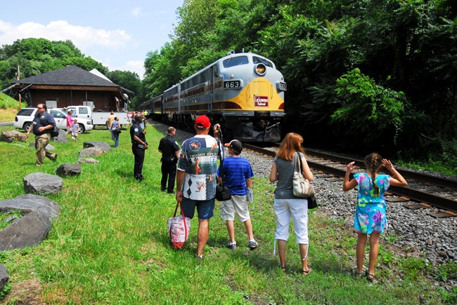 photo courtesy of  NPS Photo   https://www.nps.gov/stea/planyourvisit/trainrides.htm