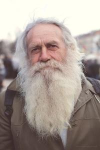 Homeless-guy-beard-sm.jpg