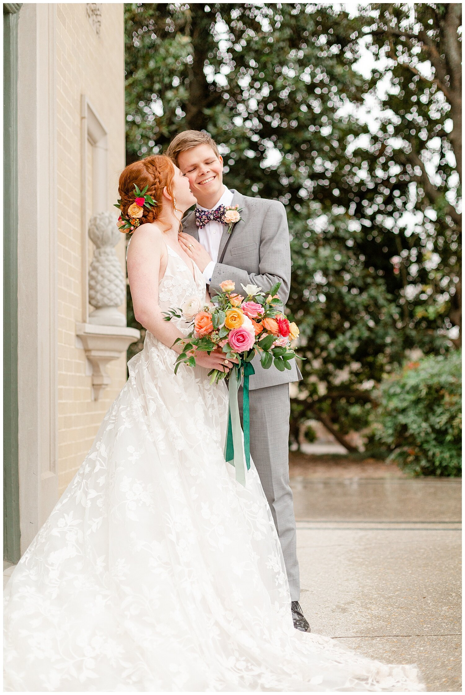 bride and groom pictures at tulsa garden center