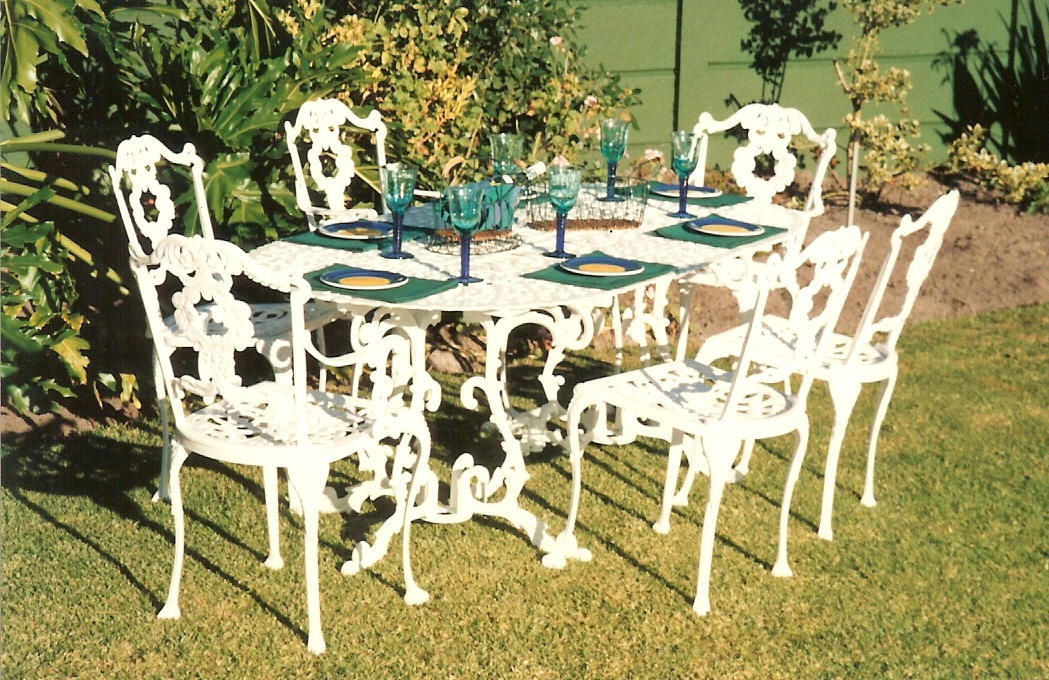 St Tropez 6 - 8 seater table with Laurel diner and Laurel carver chairs