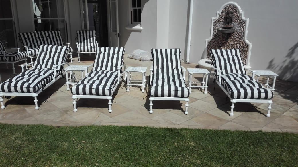 Majorca sunloungers with Majorca 40cm side tables