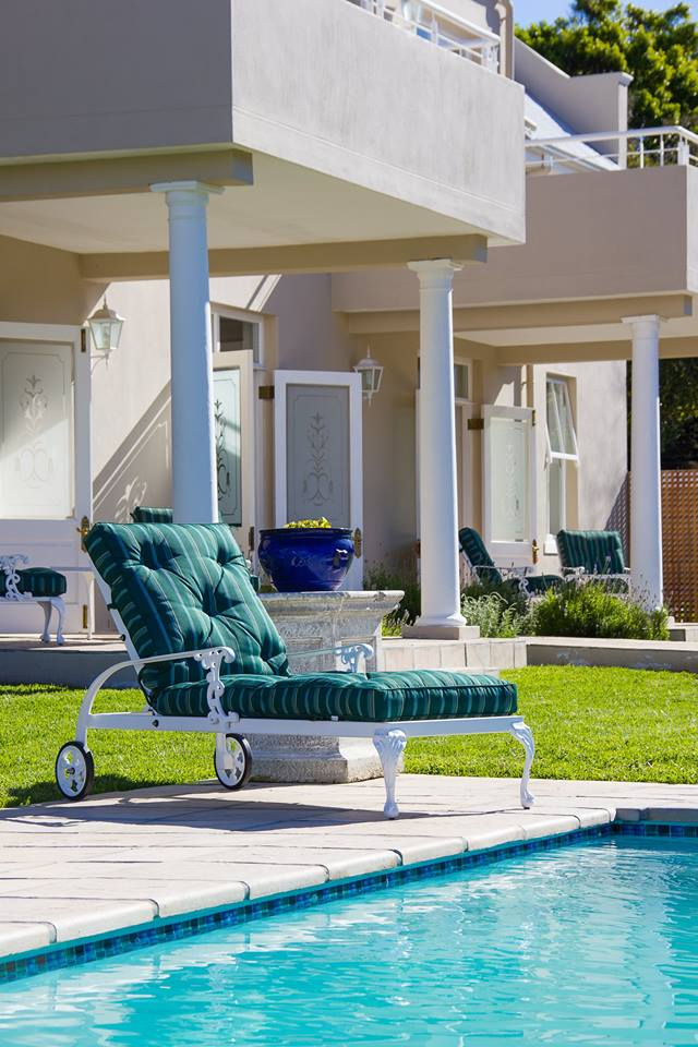 St Tropez sun lounger / chaise