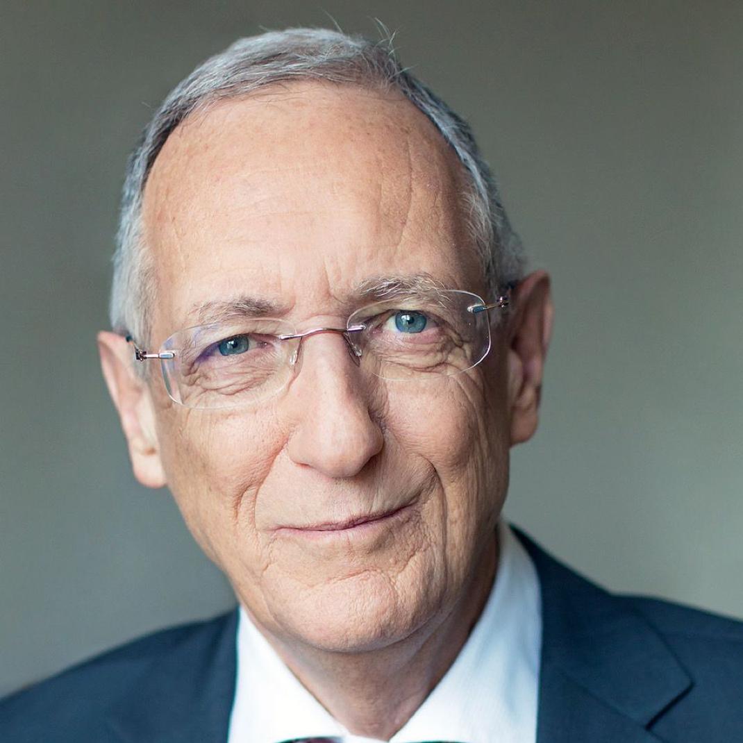 dr-heinz-luescher-pe-investment-impact.png