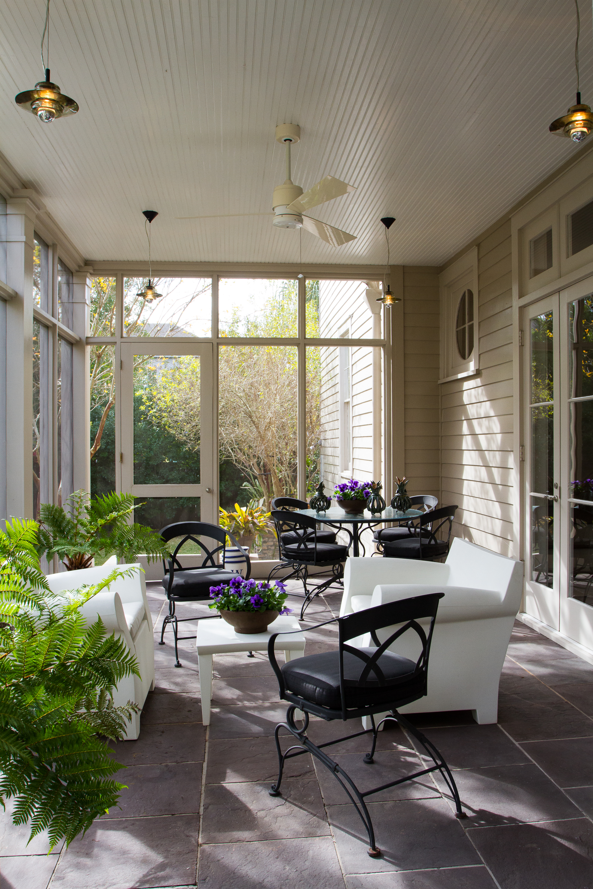 AtlantaSt_InteriorPorch_20131202_DebraW_025 copy.jpg