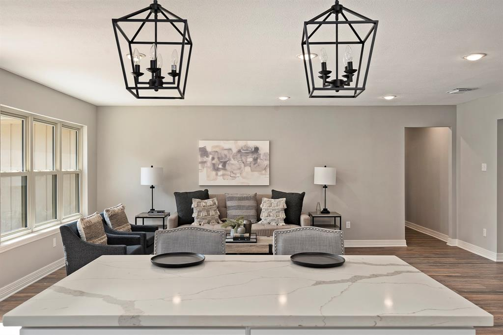 Staged home in Houston TX by REI Design Solutions for an Investor