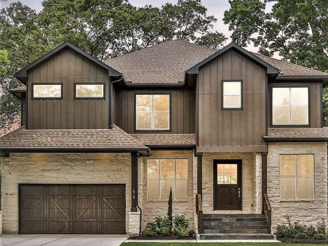 Oak Forest New Build. Exterior Design by REI Design Solutions