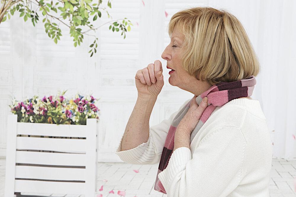 pneumonia in elder woman
