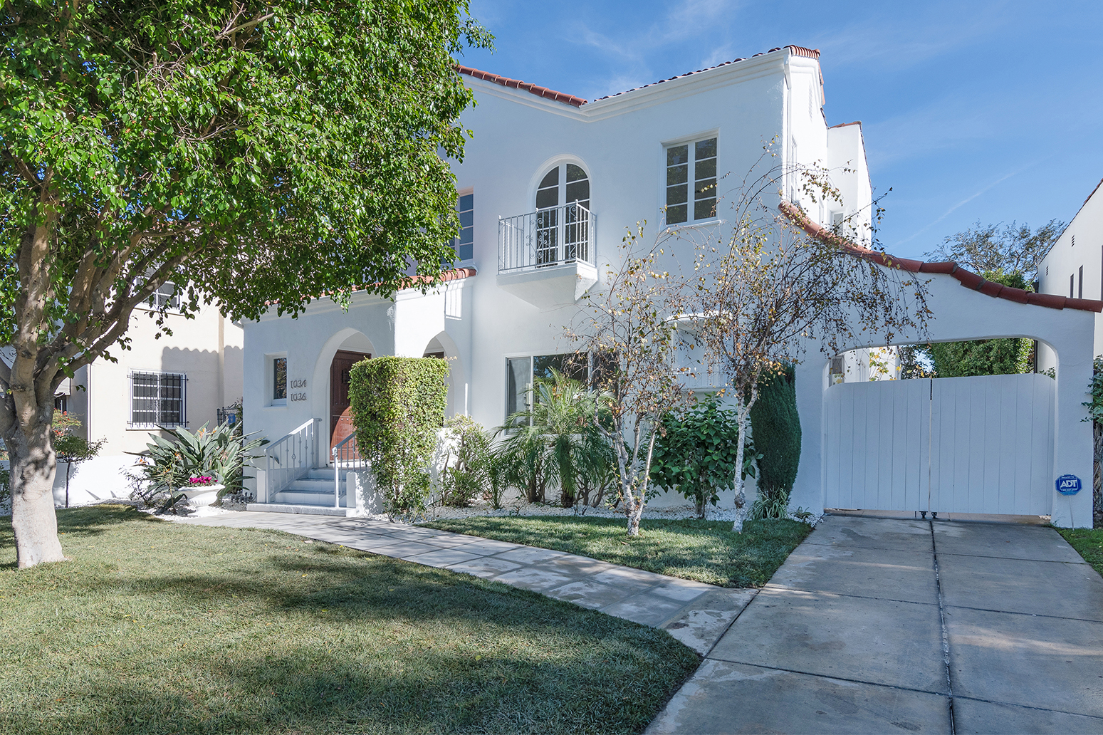1034 Hi Point St. Los Angeles 90035 - 6 Bedroom | 6 Bath | 3242 sqft | 6506 sqft lot              Listed at $2,600,000Beautiful Spanish duplex with a detached in-law suite located in the highly coveted Carthay Square HPOZ. Complete top-to-bottom remodel in 2019. Fully occupied with newly secured tenants. Each unit has been updated with: new floors, new appliances, new electrical, new plumbing, new bathroom tile and finishes, new windows. Nothing was left untouched. Bottom unit is 3 bed 3 bath, top unit is 2 bed 2 bath, detached in-law suite is 1 bed 1 bath and the in-law suite is over a 4-car garage (1-2bay, 1-1bay and 1 carport) Garages are currently rented as storage. Do not miss out on this beautiful opportunity to own a great income property in a great location!More info and photos