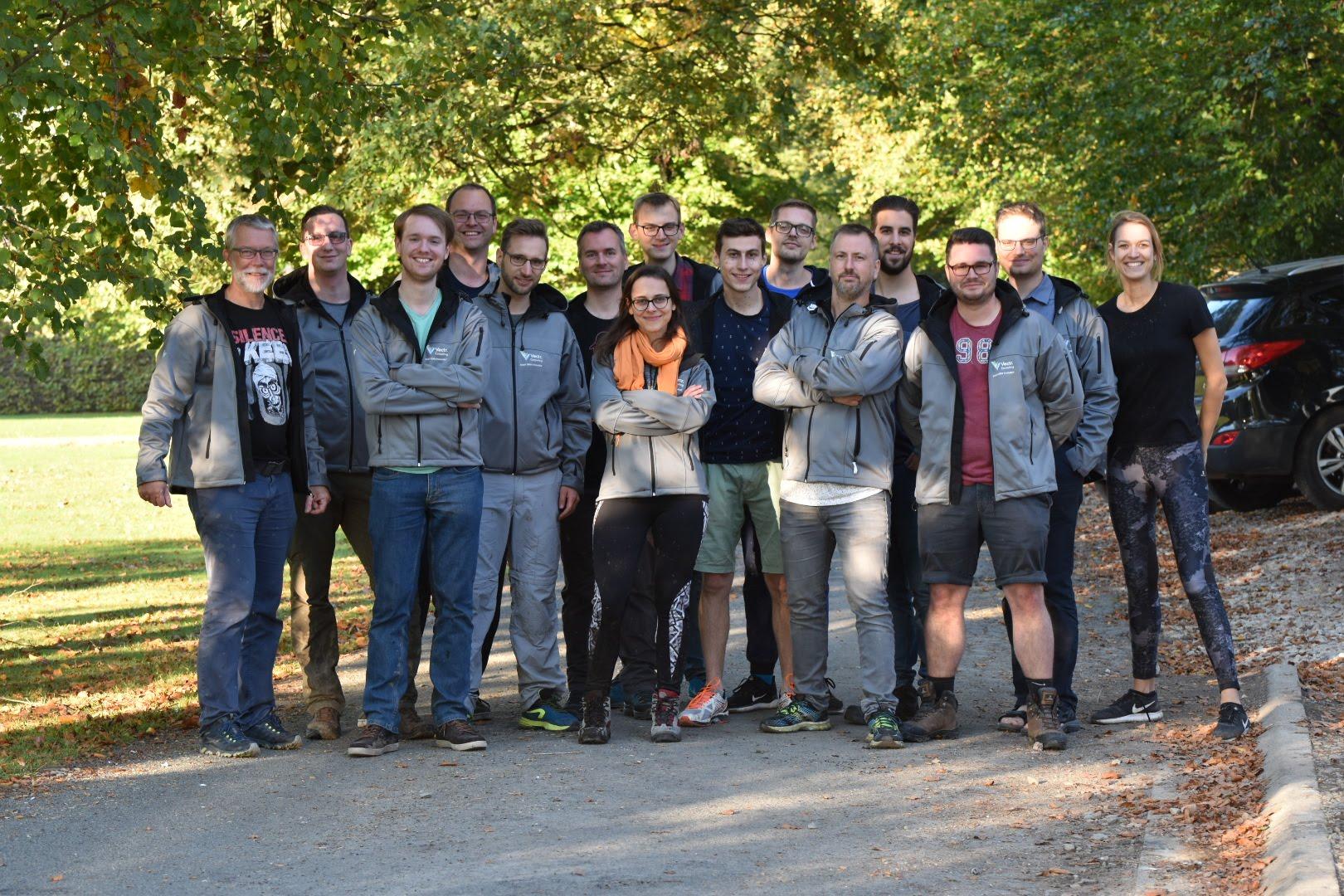 Teamfoto 2.jpg