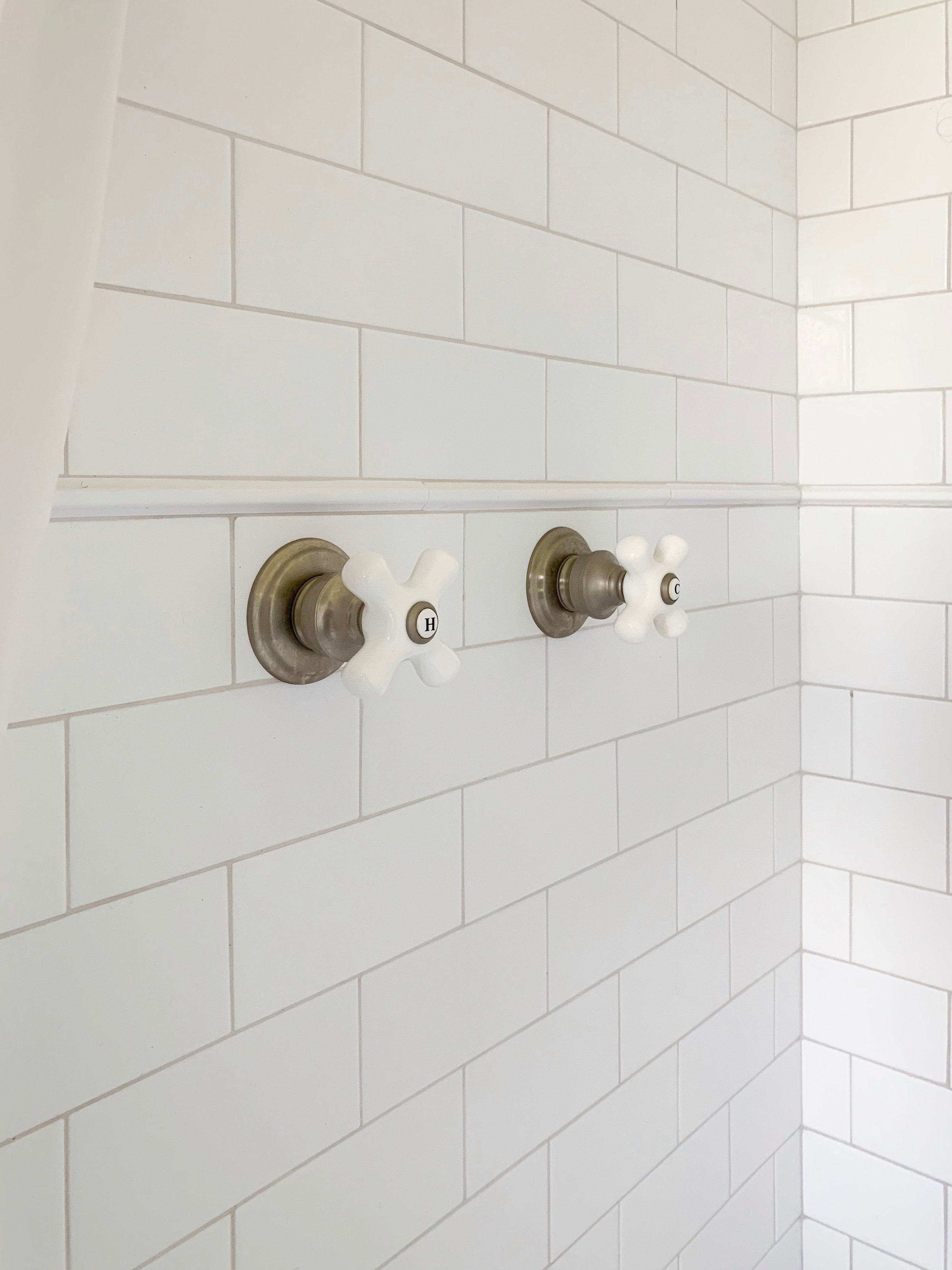 Master Bathroom Shower Knobs