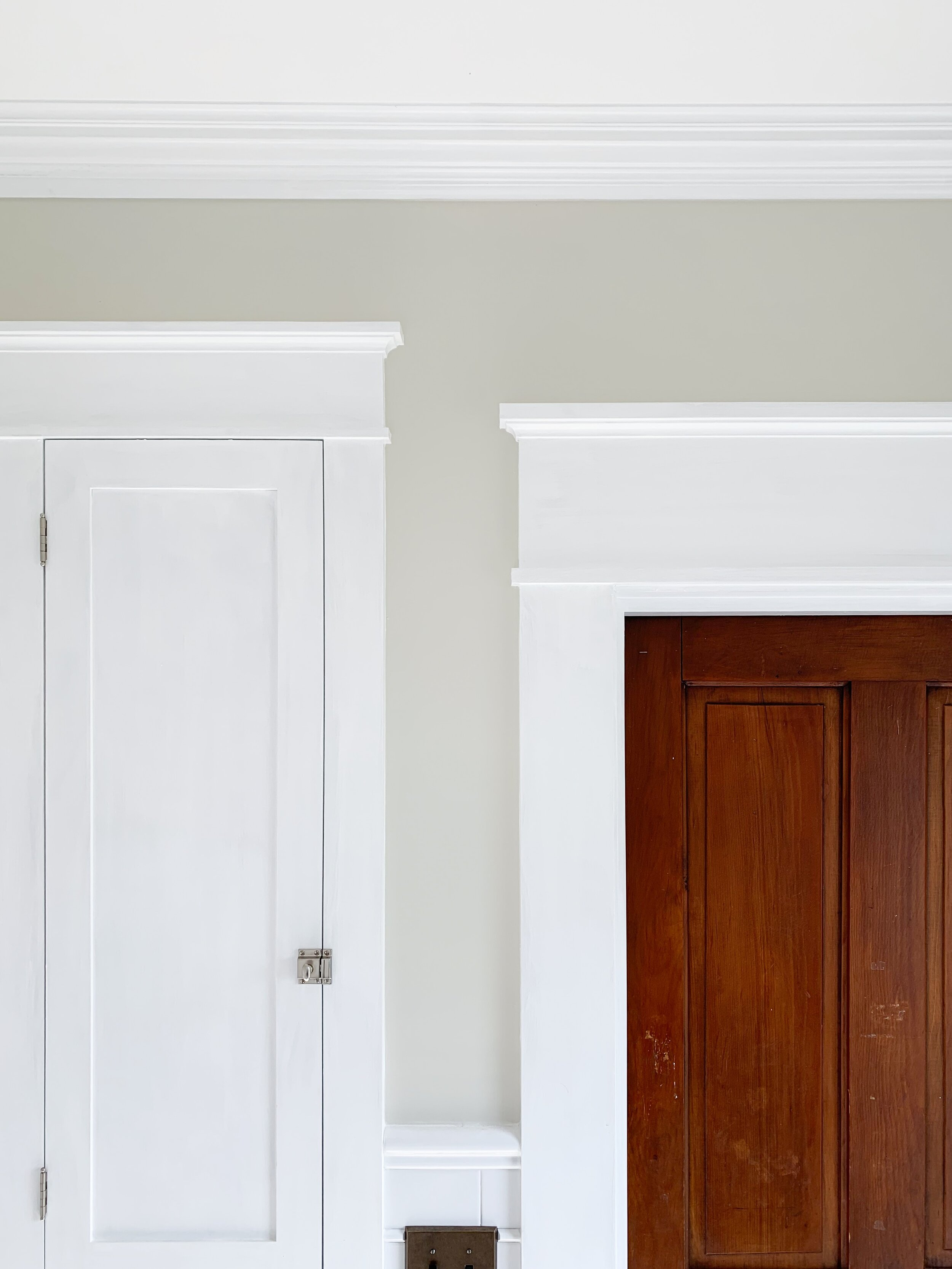 Walls: Matte Behr Premium Plus Ultra - Prairie Dust Ceiling: Flat Behr Premium Plus Ceiling - Ultra Pure White Trim: Semi-gloss Behr Premium Plus Ultra - Ultra Pure White