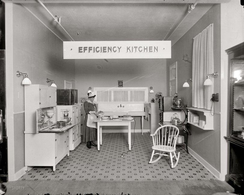 Efficiency Kitchen 1917