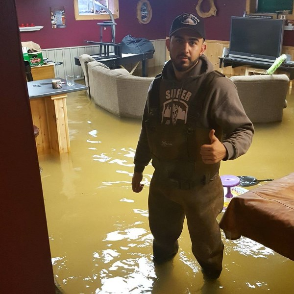 Extraction of 2 feet of water from a basement.