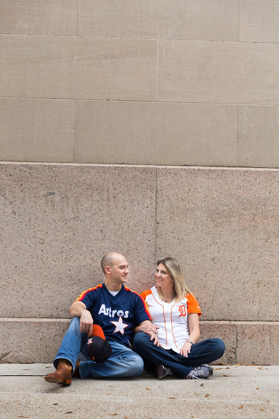 Stacy-Anderson-Photography-Houston-Astros-Baseball-engagement-photo_0040.jpg