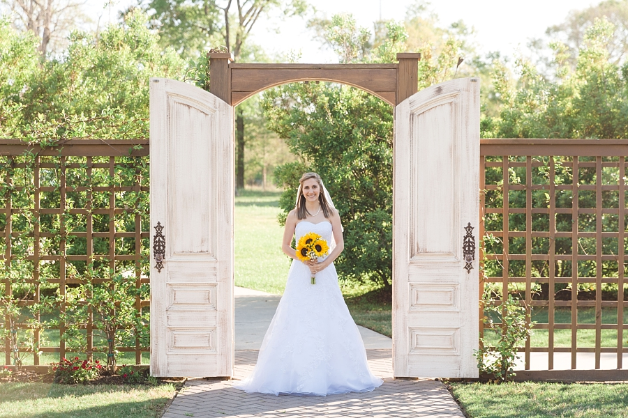 Stacy-Anderson-Photography-Carriage-House-Houston-Wedding-Photographer_0022.jpg