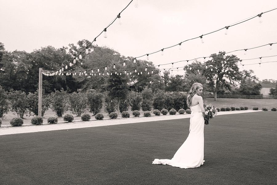 Stacy-Anderson-Photography-The-Farmhouse-Houston-Wedding-Photographer_0083.jpg