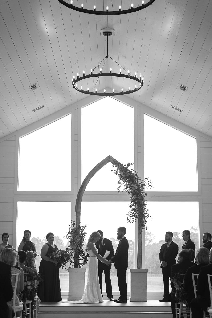 Stacy-Anderson-Photography-The-Farmhouse-Houston-Wedding-Photographer_0128.jpg