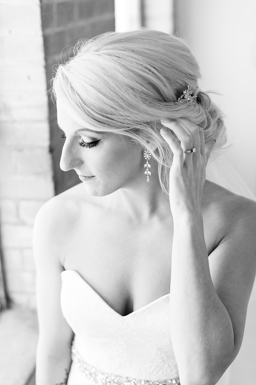 Stacy Anderson Photography Houston Rental Studio Modern Simple Bridal Photographer_0003.jpg