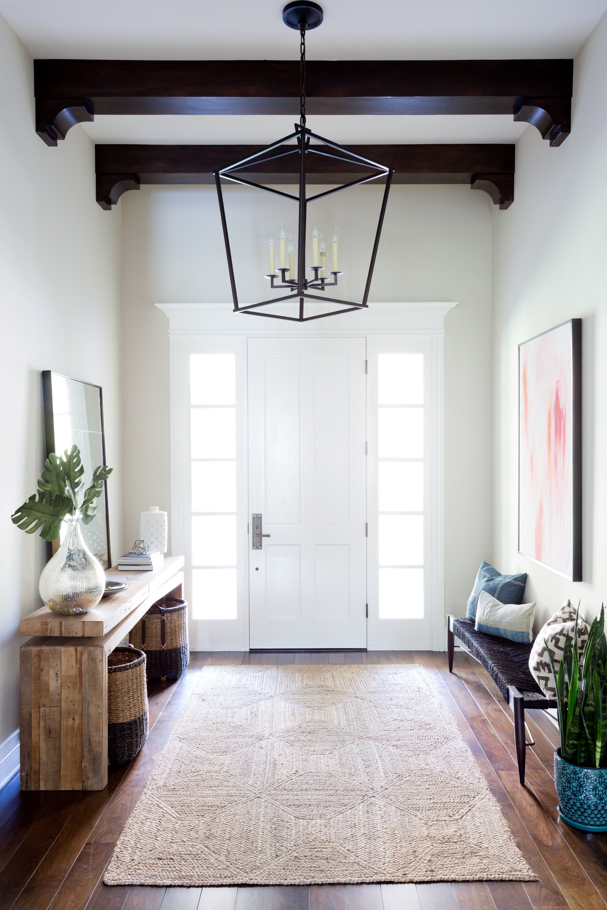 Bright transitional entryway design by Lindsey Brooke Design | Lake Sherwood Project.jpg