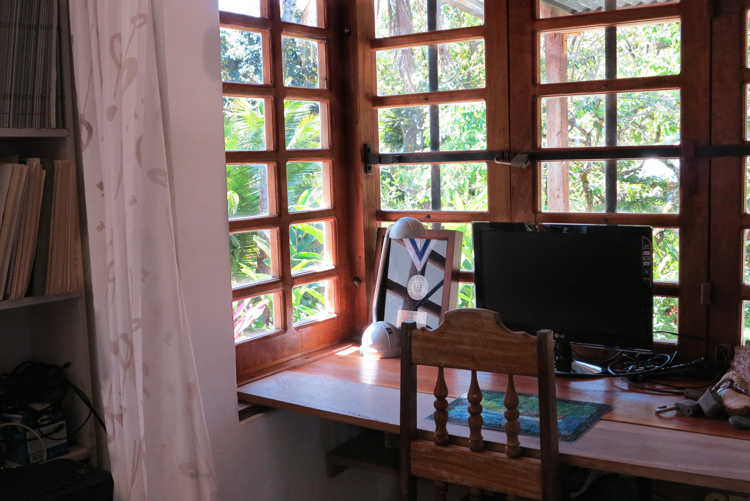 Bedroom_ Bay window.jpg